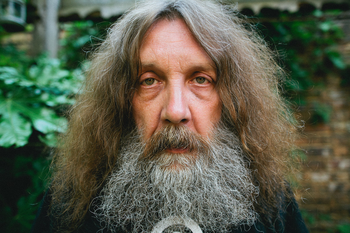 alan_moore_northampton02_website_image_axpx_wxga
